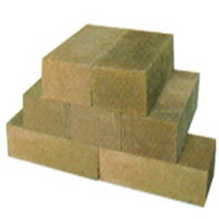 Lightweight forsterite brick